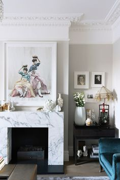 A modern Victorian interior 2019 A modern Victorian house interior in London belonging to interior designer Sarah chambers. Interior design ideas and inspiration from real homes. The post A modern Victorian interior 2019 appeared first on House ideas. Narrow Living Room, Small Living Room Design, Living Room Images, Living Room Grey, Living Room Designs, Living Room Decor, Tiny Living, Modern Living, Minimalist Living