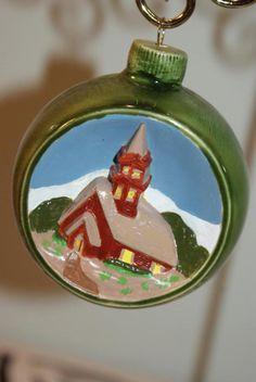 VINTAGE 1975 Duncan Ceramics Christmas Ornament (CHURCH) HANDPAINTED