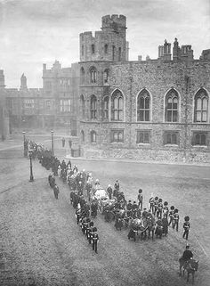 Two days after the funeral, on 4thFebruary 1901, Queen Victoria was taken to Frogmore Mausoleum to rest beside her husband Prince Albert. In this picture the cortège is on its way from TheAlbertMemorialChapel through the Upper Ward of Windsor Castle, drawn by the Royal Horse Artillery.