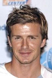 View yourself with David Beckham hairstyles and hair colors. View styling steps and see which David Beckham hairstyles suit you best. Long Face Hairstyles, Boy Hairstyles, Straight Hairstyles, Hairstyle Men, Style Hairstyle, Casual Hairstyles, Popular Hairstyles, Celebrity Hairstyles, Wedding Hairstyles