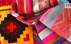 Exhibición de arte y artesanías por Q'ente Peruvian Textiles