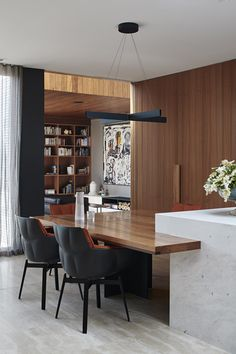 The Design Files – Mid Century Meets Modern, In This Thoughtfully Renovated Home. Australian Architecture, Australian Homes, Contemporary Architecture, Contemporary Design, Interior Architecture, Walnut Timber, Melbourne House, The Design Files, Mid Century House