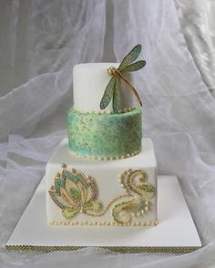 Dragonfly Cake in the Art Deco style