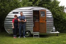 Vintage Airstream, The next best thing to a wooden gypsywagon\    would love to have one of those!!