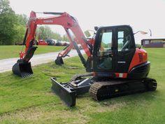 Larger Kubota KX080-4 compact hydraulic excavator https://www.youtube.com/watch?v=K8C9zREq3p0