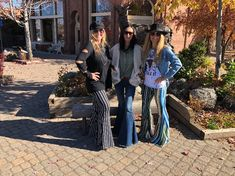Bell Bottom Pants, Bell Bottoms, Trendy Fashion, Fashion Outfits, Womens Fashion, Jean Outfits, Cute Outfits, Stylish Jewelry, Wide Leg Jeans