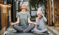 8 tips to introduce kids to mindfulness - Kidspot Mindfulness For Kids, Mindfulness Activities, Smiling Mind, Sunday Riley, Spa Day At Home, Baby Chicks, Child Development, How To Do Yoga, Happy Mothers Day