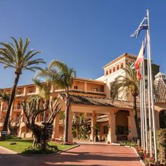 Best Resorts, Malaga, Golf Courses, Spain, Mansions, House Styles, Villas, Spanish, Palaces
