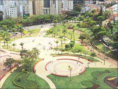 Belas praças pelo Brasil e o mundo - SkyscraperCity