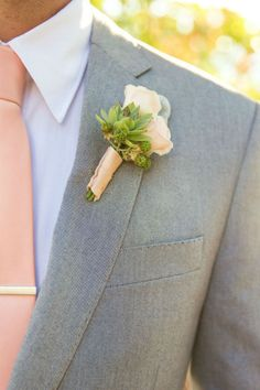 Peach and green wedding inspiration for the groom