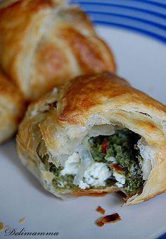Appetisers, Spanakopita, Appetizer Recipes, Feta, Bread, Healthy Recipes, Baking, Ethnic Recipes, Pierogi