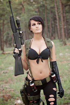 Metal Gear Solid 5: The Phantom Pain Quiet Cosplay These prints were from my first shoot and all come signed by me ^__^