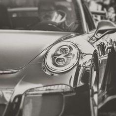 Stark im #business, stark auf der Straße- mit #Vehiculum! #mitvehiculumstarkimbusiness #ps #strong #getstarted #now #casual #lifestyle #new #car #leasing #easy #porsche #vw #audi #bmw #mercedesbenz #volvo #ford #MINI #follow
