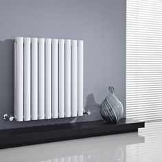 We love the simple style of the Milano Aruba 635mm x 595mm horizontal radiator.