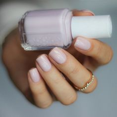 Here are the 10 most popular nail polish colors at OPI - My Nails Love Nails, How To Do Nails, Fun Nails, Pretty Nails, Essie Nail Polish, Nail Polish Colors, Nail Nail, Nail Art Cute, Neutral Nails