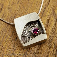 Inside the Box Pendant: Sterling Silver with Faceted Garnet - MichaelTheeStudio Metal Clay Jewelry, Pendant Jewelry, Jewelry Art, Jewelry Design, Jewellery, Pendant Necklace, Creation Deco, Precious Metal Clay, Schmuck Design
