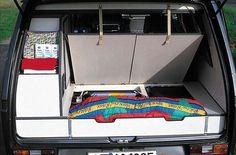 Campingbus VW T3 - Reimo Ausbauten und Campingbus-Einrichtungen für den VW Bus T3 Volkswagen Transporter, Vw Bus T3, Vw Syncro, Bus Camper, Land Cruiser 200, Camper Van Conversion Diy, Campervan Interior, Caravans, Outdoor Camping