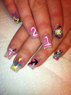 birthday nails // I just like the balloons. 21st Birthday Nails, Birthday Nail Art, Birthday Nail Designs, 23rd Birthday, Birthday Ideas, Love Nails, How To Do Nails, Pretty Nails, My Nails