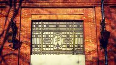 """""""1190-1930"""" 10 quai Saint-Pierre #Toulouse  Maison 19e s. actuels bureaux d'EDF-GDF @UrbanHist_Tlse  #ByToulouse #VisitezToulouse #We_Toulouse #igerstoulouse #tourismemidipy #architecture #instarchitecture #architectureporn #architecturelovers #trésorspatrimoine #patrimoine #building #EDFGDF #ferforgé #ferronnerie #ferronneriedart #metalwork #croixdelorraine #UrbanHistToulouse"""