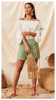 LOOKBOOK 3 – Cora Canela Ideias Fashion, Plus Size, Photoshoot, Street Style, Womens Fashion, Site Wordpress, Shopping, Clothes, Book