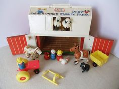 i would love to get river some vintage toys for his birthday this year. i loved playing with my mom's old little people sets when i was a kid!