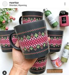 🎉🎉 Perfect Mandala Mugs. 🎉🎉 Which one you want to sip from? Glass Painting Designs, Pottery Painting Designs, Dot Art Painting, Mandala Painting, Ceramic Painting, Bottle Painting, Bottle Art, Mandala Painted Rocks, Mandala Art Lesson