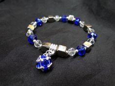 piedras azules y colgante azul