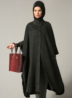 Shop Long Poncho - Black in Ponchos category. Modanisa your online muslim modest fashion store. Abaya Fashion, Muslim Fashion, Modest Fashion, Indian Fashion, Fashion Outfits, Suits For Women, Women Wear, Mode Turban, Modele Hijab