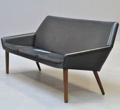 Poul M. Jessen; Teak and Leather Sofa for PMJ Viby, 1960s.