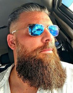 Grow a long, healthy beard with Beard and Company's all-natural Hair and Beard Growth Oil that's formulated with the best botanical blend of essential oils that increase beard growth and keep your facial hair silky. Made in the USA. Viking Beard Styles, Beard Styles For Men, Hair And Beard Styles, Badass Beard, Epic Beard, Men Beard, Great Beards, Awesome Beards