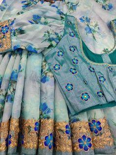 Saree Blouse Neck Designs, Fancy Blouse Designs, Blouse Models, Saree Models, Sleeves Designs For Dresses, Sleeve Designs, Floral Print Sarees, Organza Saree, Designer Blouse Patterns