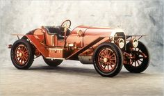 1914 Simplex Speedster - Simplex automobiles were made from 1907-1917 starting in New York City and ending up in New Brunswick, New Jersey. This 2-seater has a 4 cylinder 597cid 50hp engine.