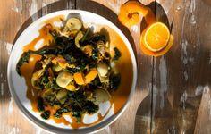 Ξεχάστε τις σουπιές με σπανάκι και δοκιμάστε αυτή την υπέροχη συνταγή με τα σέσκουλα! Greek Beauty, Palak Paneer, Ethnic Recipes, Food, Essen, Meals, Yemek, Eten