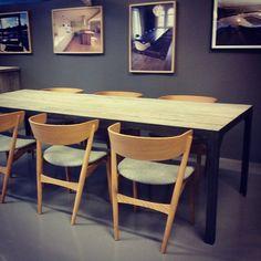 #manogri #spisebord og #sibastNo7 stoler. kom til vårt #showroom på #Høvik. www.drivved.no  #håndlagetavoss #barefordeg #bærekraftig #kortreist #allemål #scandicool #industrielt
