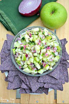 Fresh Green Apple Salsa - yum!! via lemontreedwelling.com (nightshade free salsa!)