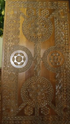 table Chip Carving, Whittling, Woodcarving, Wood Art, Cnc, Doors, Pattern, Ideas, Design