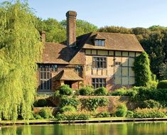 Plumpton Place - former home of Led Zeppelin guitarist Jimmy Page #JimmyPage…