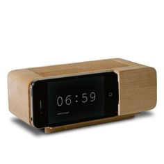 Clever Iphone Alarm Dock