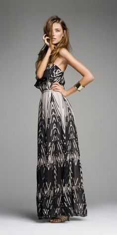 There is something that is sexy and comfortable about a maxi dress. You can dress it up or down and I absolutely love them!