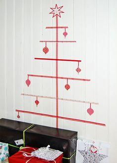 Washi tape per Natale http://www.piccolini.it/tips/741/washi-tape-per-natale/