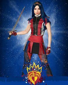 Descendants Wicked World, Disney Descendants 3, Descendants Cast, Descendants Videos, Sofia Carson, Disney Magical World, Decendants, Cool Anime Girl, Princesa Disney