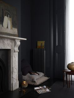 Film Location story Victorian Terrace Townhouse with mixture of modern and traditional interiors, large stone fireplace, wood panelled walls, dark colors and textures in Hackney Victorian Terrace, Victorian Homes, Interior Styling, Interior Design, Interior Paint, Cosy Decor, Front Rooms, Dark Walls, Dark Interiors