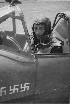Stanisław Skalski, Polish fighter ace. His victories lie between 18 and 22, making him Poland's top scoring fighter ace of WWII. Pin by Paolo Marzioli