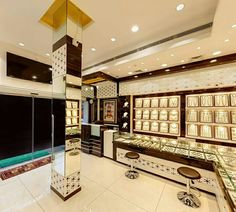 64 New Ideas Jewerly Desing Interior Display Case Jewellery Shop Design, Jewellery Showroom, Jewelry Shop, Jewelry Stores, Jewelry Case, Shop House Plans, Shop Front Design, Shop Interiors, Shop Interior Design