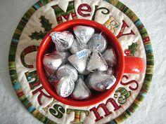 Round Christmas Mug Rug