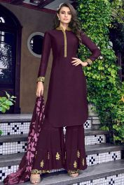 An exclusive online store of designer anarkali salwar kameez and salwar suits. Grab this best embroidered work salwar suit for festival, party and reception Salwar Kameez, Sharara Suit, Anarkali Suits, Pakistani Gharara, Pakistani Actress, Pakistani Outfits, Neck Deep, Designer Salwar Suits, Designer Anarkali