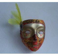 Réalisez un masque pour Mardi Gras : Séverine G