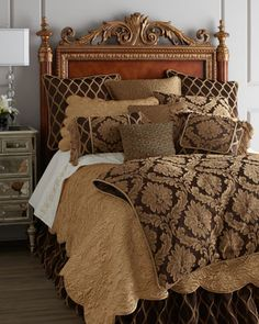 Old world bedroom on pinterest tuscan bedroom tuscan for Old world style beds