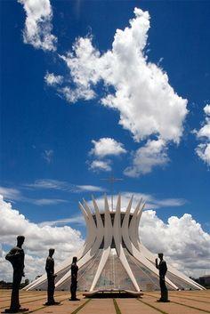Catedral de Brasília / Oscar Niemeyer