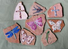 How to Mosaic Garden Stones